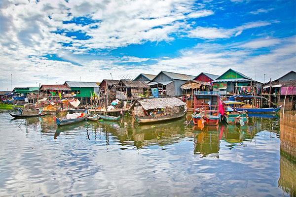 tonle-sap-lake-floating-village