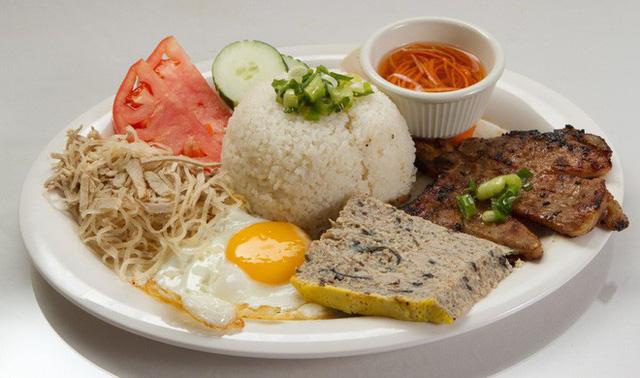 top-11-amazing-foods-you-should-try-in-vietnam5