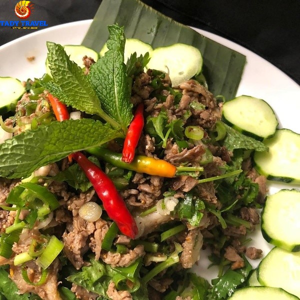 top-12-most-famous-dishes-in-laos-you-should-try4