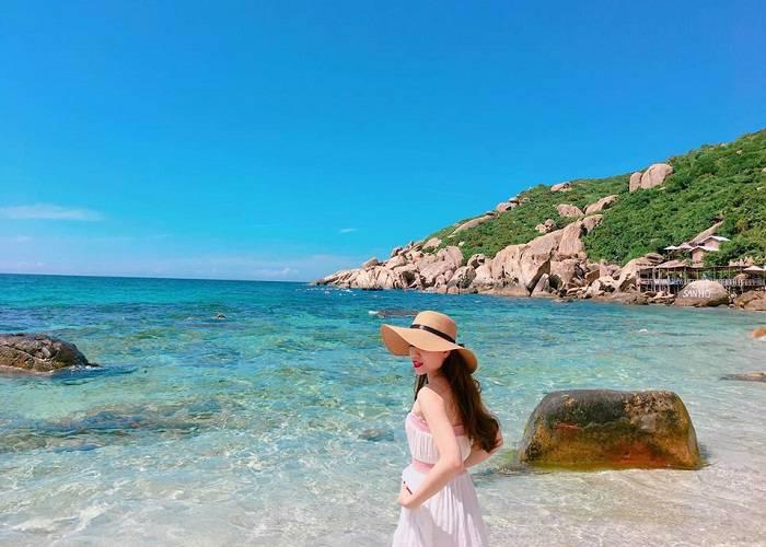 top-8-amazing-beaches-in-vietnam2